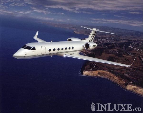 顶级生活 翱翔尊贵私人飞机 (1)