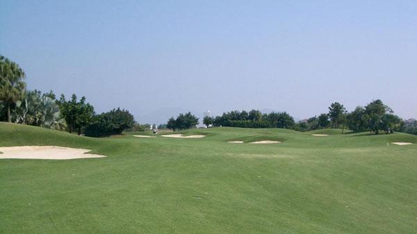 大正高尔夫网友评价: 1,苏州太阳岛打球,这是个大家公认难度极大的