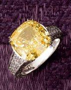 奢华的宴会饰品 网上十大正规赌博网站钻石让你眼花缭乱