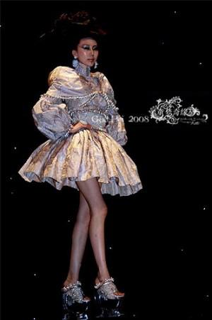 郭培个人资料:郭培微博 郭培作品 玫瑰坊服装设计师郭培与她的高级